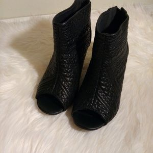 Black Pattern Booties